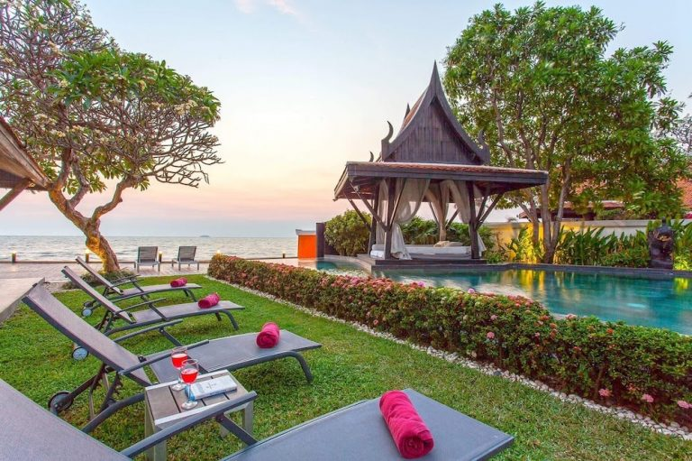 beachfront-villa-pattaya-1