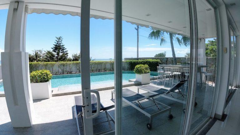 luxury-beachfront-villa-1