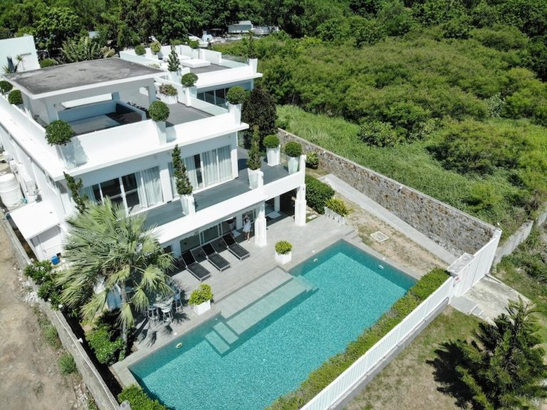 luxury-beachfront-villa-2
