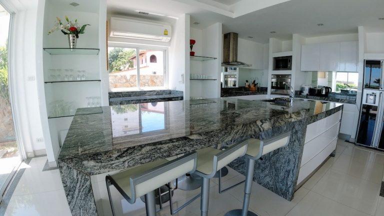 luxury-beachfront-villa-4