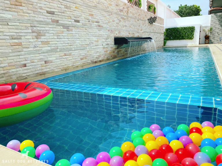 Seville-Jomtien-Pool-Villa-23
